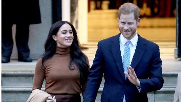 """2020年1月7日,哈里王子和梅根到访伦敦的""""加拿大之家"""""""
