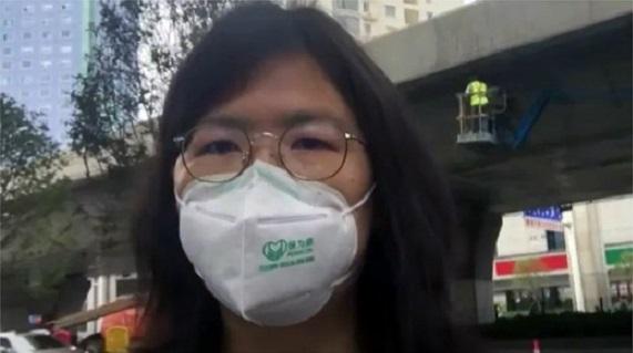 公民记者张展赴武汉报导疫情肆虐当地民生状况后,遭到当局逮捕,迄今仍关押在狱中。