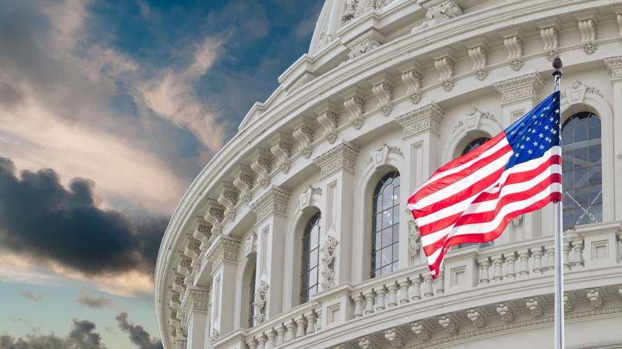 2020年美国大选不仅仅要选出总统是川普(特朗普)还是拜登(Biden),而且,伴随进行的还有两场至关重要的选举,即美国国会参议院和众议院的选举,其重要性不亚于选举总统。如同在总统选举的计票过程中所发生的一样,美国参议院竞选也出现了选票舞弊疑云。