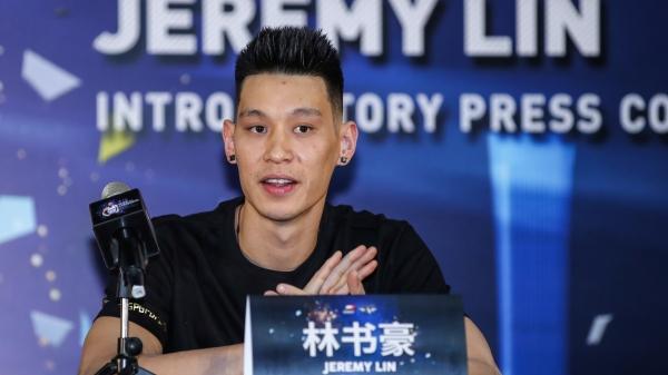 林書豪稍早前透過個人社群網站公布:「現在需要離開中國,下賽季不會在北京首鋼打球」