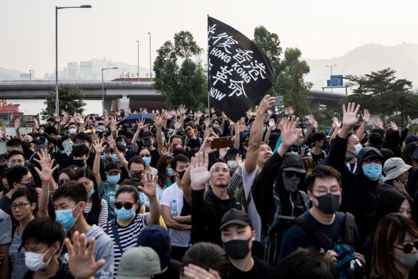 人权日大游行 向世界展示香港人风采(图)
