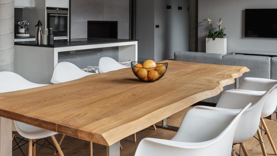 不規則形狀的餐桌不僅會破壞家中的好風水。