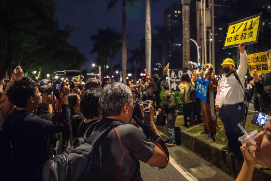"""潮州李小龙:香港削弱了入侵台湾的政治力量 使中共陷入""""越战"""""""