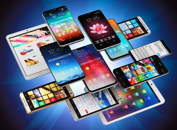 特斯拉提前74年预言了智能手机的出现。(示意图/图片来源:Adobe Stock)