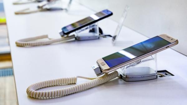 """手机评测""""作弊"""" 6款品牌全来自这""""国家""""(图)"""