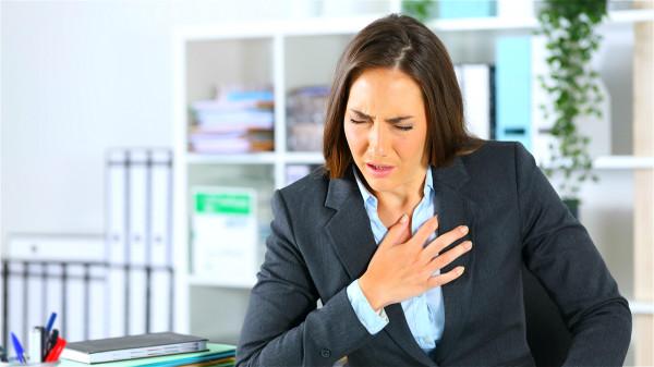 好勝心十分強烈的人對工作和生活有很高的要求,容易動怒,易患心血管疾病。