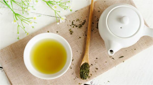 淡綠茶對加強心腎功能、促進血液循環、幫助消化大有好處。