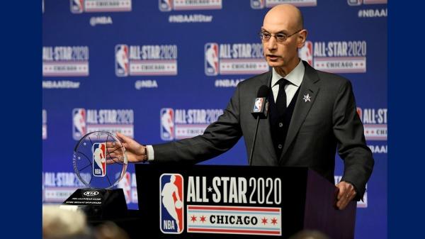 今年NBA美國職籃總冠軍賽前4戰的全美收視率屢創新低,從首役的741萬人觀看,到第3戰僅剩594萬人收看,前4戰總收視人口也寫下史上新低。