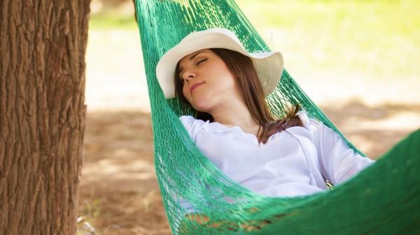 短于30分钟的午觉,可以让人在下午时间保持清醒。
