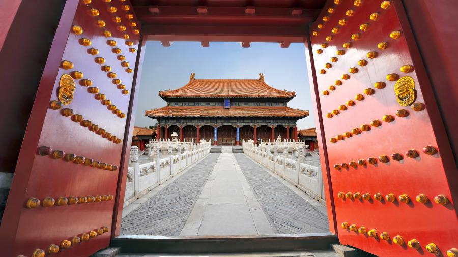 北京故宮大門上幾排密密麻麻的圓釘子有什麼用?