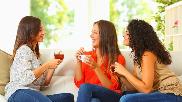 最好學會多聽、少言,簡單,精鍊的說話,保持穩定的情緒。