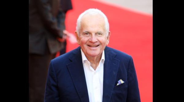 演出《魔戒》、《哈比人》系列的英國資深演員伊恩·霍姆爵士(Sir Ian Holm),因帕金森氏症所引發的併發症 6 月 19 日於醫院病逝,享年88歲。