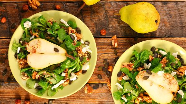 多吃蔬菜水果,少吃高脂肪和高熱量食物。