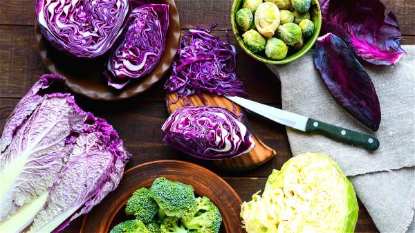 紫甘藍等含有花青素,可有效清除人體自由基。