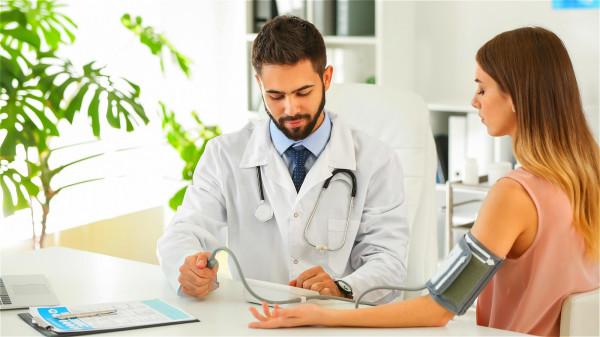 間歇性的低血壓,被稱為中性媒遞血壓過低(NMH),會導致疲勞。