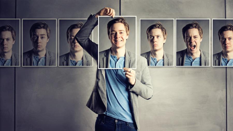 攝影師花9年拍下「同樣的人在上班途中」的模樣,9年後「每個人的變化」讓人難以相信!