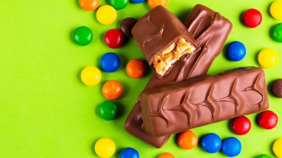 超商傳巧克力失竊案!老闆一看監視器,無奈的笑說原來就是「牠」!