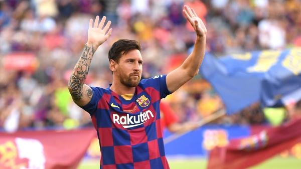 阿根廷球王梅西(Lionel Messi)的年薪約5000萬歐元(約新台幣17.61億元)。