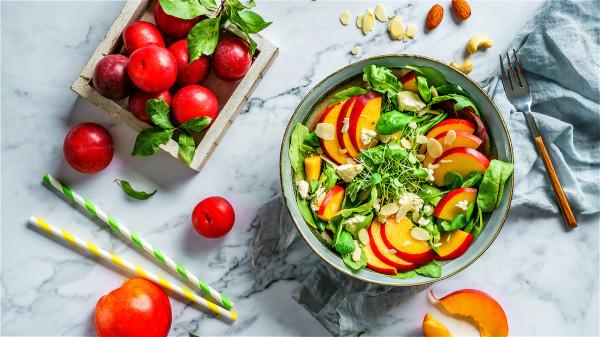 每10天左右選一個休息日,以蔬果為主,吃七八分飽,能讓腸道得到休息。
