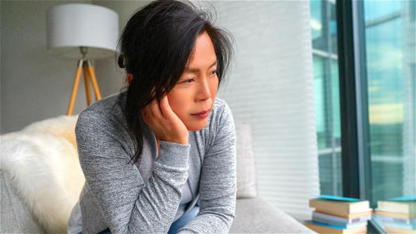 身體莫名疲勞乏力,這是冠心病會有的信號。