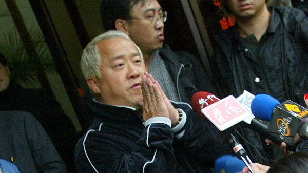 港星曾志偉在今年7月時也曾因為賣酒類飲品而捲入假貨疑雲。