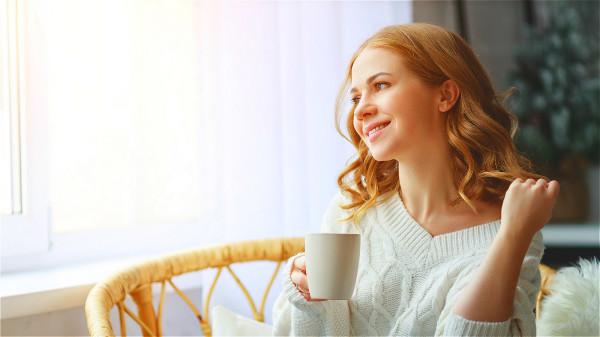 日常生活不妨養成多喝茶,但是不要喝濃茶的習慣,可幫助預防腦梗。