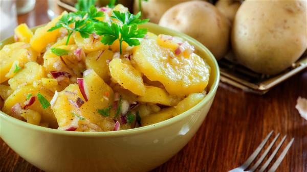 土豆富有營養,是抗衰老的食物之一。