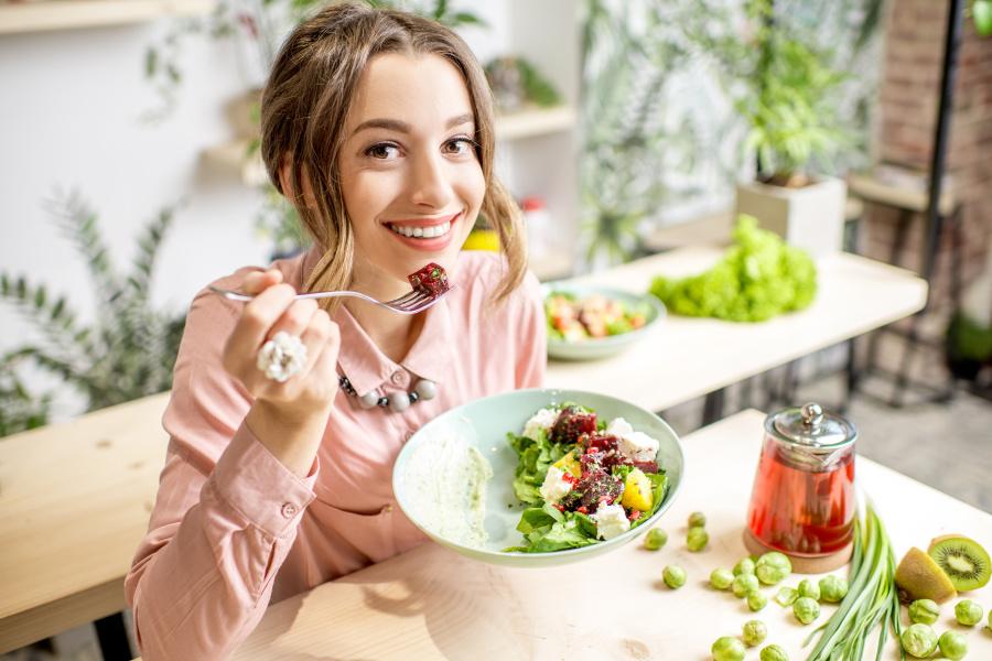 身體在攝入大量的高熱量食物時,可以讓我們感到快樂。