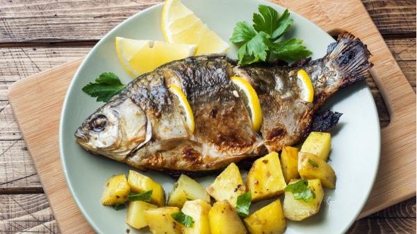 鱼有些部分却不推荐吃,因为含有毒素和细菌。