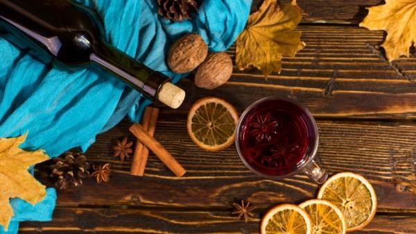 饮食过程中滴酒不沾,是保持健康的关键。
