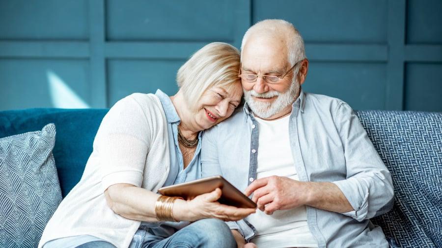 说的太实在,一个人老了最难的是什么?